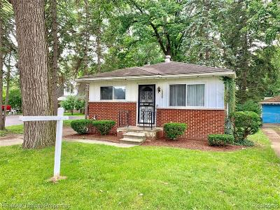 Livonia Single Family Home For Sale: 19805 Inkster Road