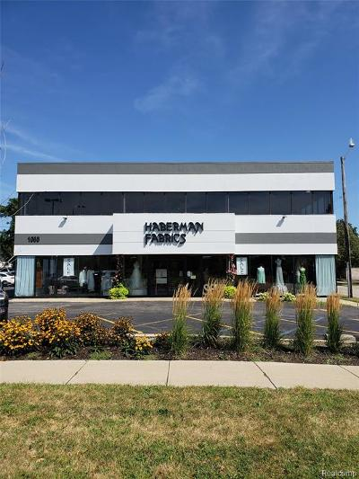 Clawson Commercial Lease For Lease: 1060 W 14 Mile Road
