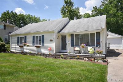 Royal Oak, Royal Oak Twp Single Family Home For Sale: 4703 Mankato Avenue