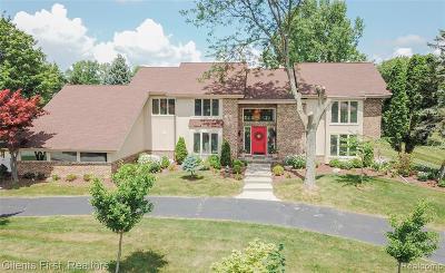 Bloomfield, Bloomfield Hills, Bloomfield Twp, West Bloomfield, West Bloomfield Twp Single Family Home For Sale: 2058 Fawnwood Way