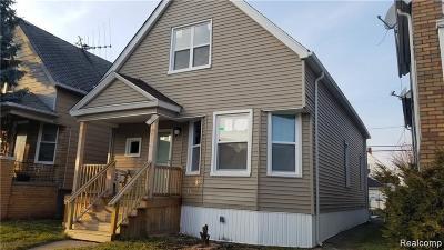 Hamtramck Single Family Home For Sale: 2229 Evaline Street