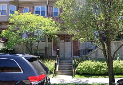 Detroit Condo/Townhouse For Sale: 86 Adelaide Street #3