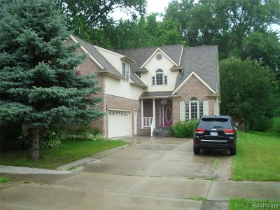 Shelby Twp MI Single Family Home For Sale: $329,900