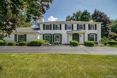 Bloomfield Twp Single Family Home For Sale: 3820 Burning Tree Drive