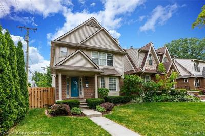 Royal Oak Single Family Home For Sale: 113 S Edgeworth Avenue