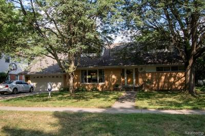 Dearborn Single Family Home For Sale: 746 N Gulley Road