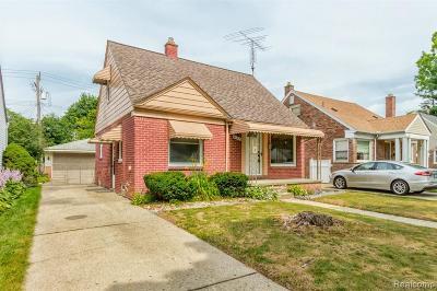 Dearborn Single Family Home For Sale: 3142 Raymond Avenue