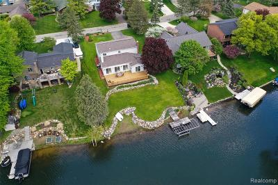 Lake Orion, Orion Twp, Orion Single Family Home For Sale: 1067 Arbroak Way