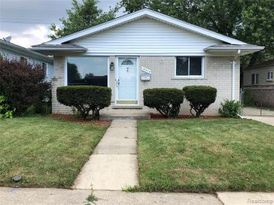 Macomb County Single Family Home For Sale: 18515 Marquette Street