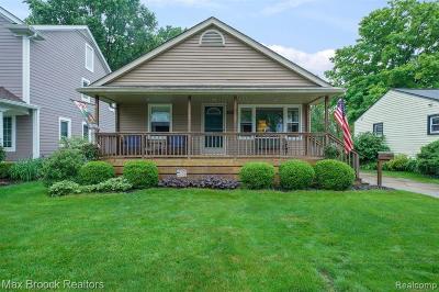 Royal Oak Single Family Home For Sale: 1417 Butternut Avenue