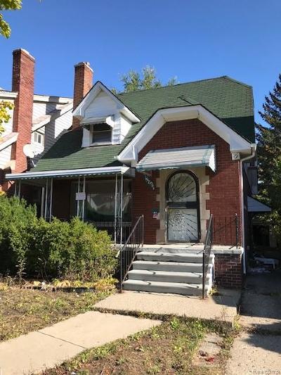 Detroit Single Family Home For Sale: 15894 Woodingham