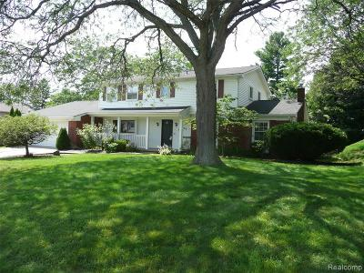 West Bloomfield Twp Single Family Home For Sale: 4254 Iverness Lane