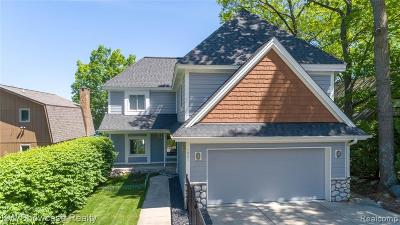 Highland Twp Single Family Home For Sale: 1901 Grove Street