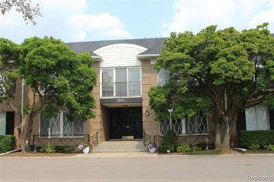 Southfield Condo/Townhouse For Sale: 25630 Southfield Road
