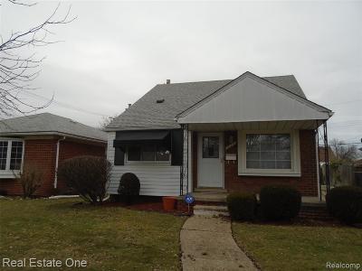 Wayne County Single Family Home For Sale: 20211 Beaufait Street
