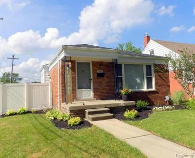 Wayne County Single Family Home For Sale: 13180 Orange Street