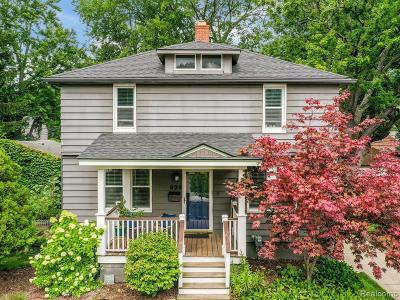 Royal Oak Single Family Home For Sale: 925 Fernwood Road