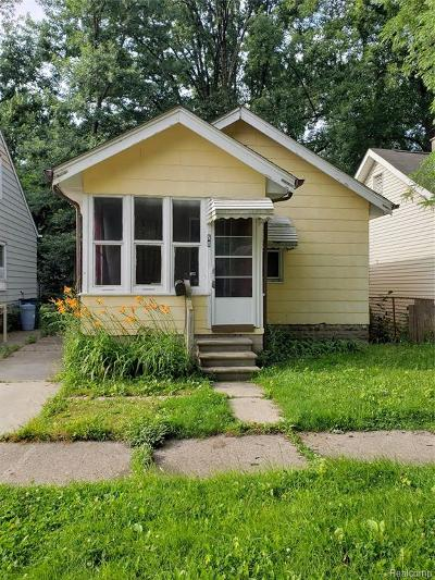 Hazel Park Single Family Home For Sale: 50 E Hayes Avenue