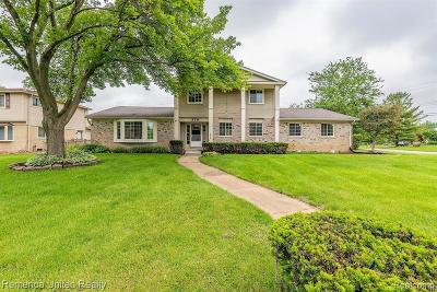 White Lake Single Family Home For Sale: 379 Shotwell Crt Court