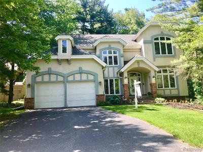 West Bloomfield Twp MI Single Family Home For Sale: $420,000