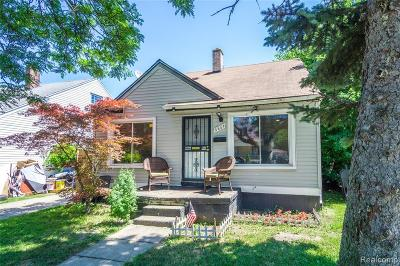 Detroit Single Family Home For Sale: 6864 Warwick Street