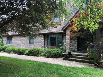City Of The Vlg Of Clarkston, Clarkston, Independence, Independence Twp Single Family Home For Sale: 4577 Clearview Drive