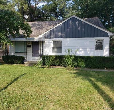 Oakland County Single Family Home For Sale: 2044 Greenfield Road