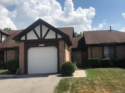 Dearborn Condo/Townhouse For Sale: 3367 Heritage Parkway