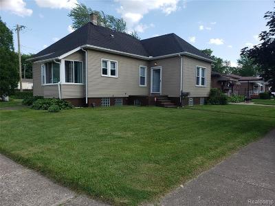 Wayne County Single Family Home For Sale: 4315 5th Street