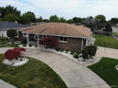 Sterling Heights MI Single Family Home For Sale: $229,000