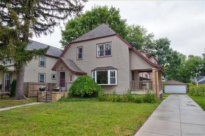 Royal Oak Single Family Home For Sale: 202 Willis Avenue