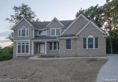 Commerce Twp Single Family Home For Sale: Lot B Woodspur Drive