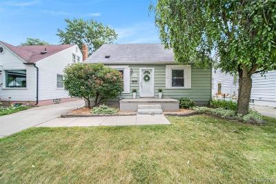 Berkley Single Family Home For Sale: 4228 Gardner Avenue