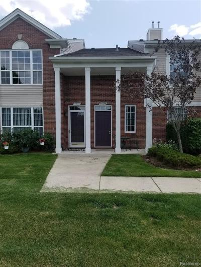 Macomb Twp Condo/Townhouse For Sale: 46105 Rhodes Drive