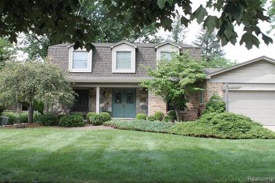 Livonia Single Family Home For Sale: 37482 Munger