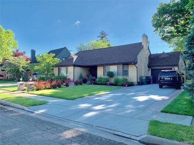 Dearborn Single Family Home For Sale: 611 Beechmont Street