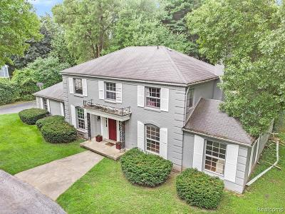 Bloomfield Twp Single Family Home For Sale: 5420 Lahser Road