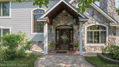 Bloomfield Twp Single Family Home For Sale: 3607 Shallow Brook Drive
