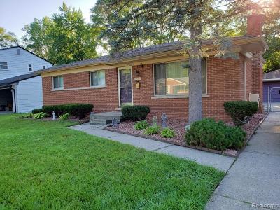 Farmington Hills Single Family Home For Sale: 23088 Cora Avenue