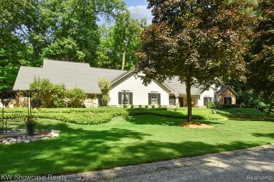 Farmington Hills Single Family Home For Sale: 26831 Shady Creek