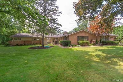 Bloomfield Twp Single Family Home For Sale: 6040 Darramoor Road