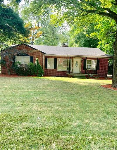 Southfield Single Family Home For Sale: 21251 8 1/2 Mile Road