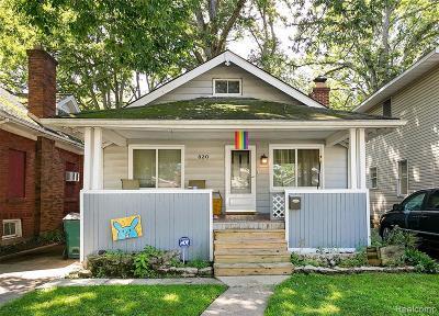 Royal Oak Single Family Home For Sale: 820 Hawthorn Avenue