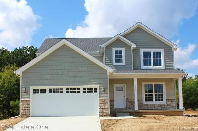 Holly Single Family Home For Sale: 2166 Rolling Hills Drive