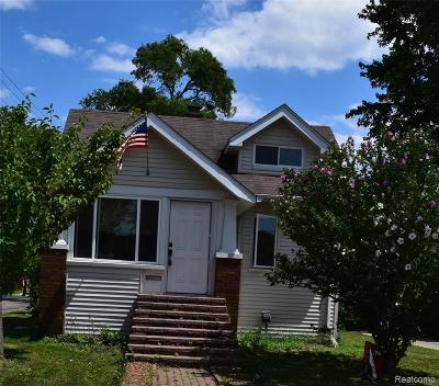 Royal Oak Single Family Home For Sale: 115 S Edison Avenue