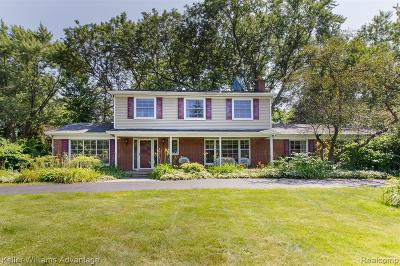 Troy Single Family Home For Sale: 2685 Oxford Drive
