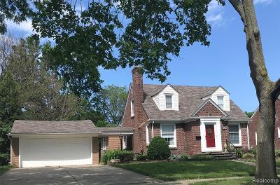 Allen Park, Lincoln Park, Southgate, Wyandotte, Taylor, Riverview, Brownstown Twp, Trenton, Woodhaven, Rockwood, Flat Rock, Grosse Ile Twp, Dearborn, Gibraltar Single Family Home For Sale: 1605 Nightingale Street