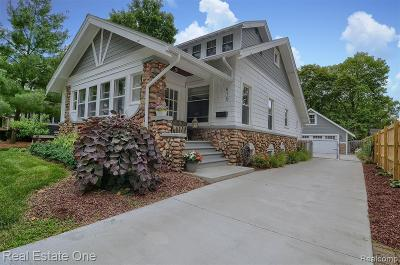 Rochester Single Family Home For Sale: 416 N Castell Avenue