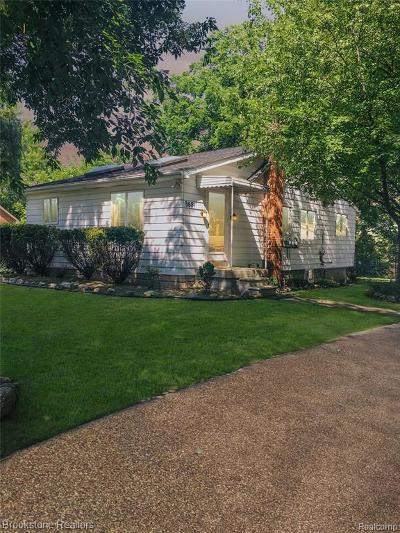 Rochester Hills Single Family Home For Sale: 3681 Orchard View Avenue