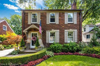 Grosse Pointe Single Family Home For Sale: 903 University